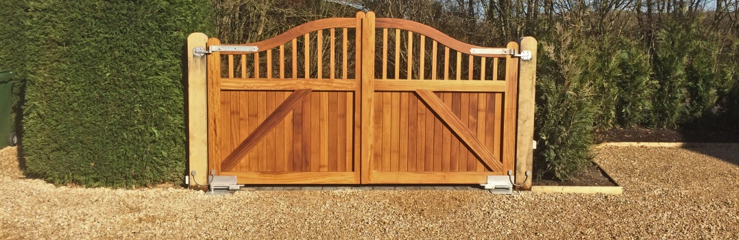 Timber gates in basingstoke